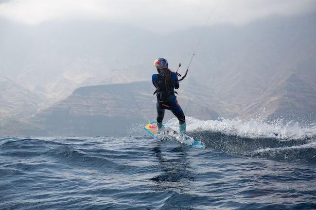 Kitesurfen tijdens een vakantie op Gran Canaria (foto: Gines Toledo)