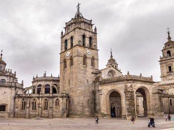 Santa Maria kathedraal in Lugo (Galicië, Noord Spanje)