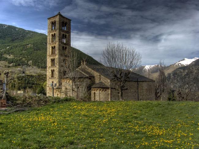 Een Romaanse-kerk in de Boí vallei in Noord Spanje