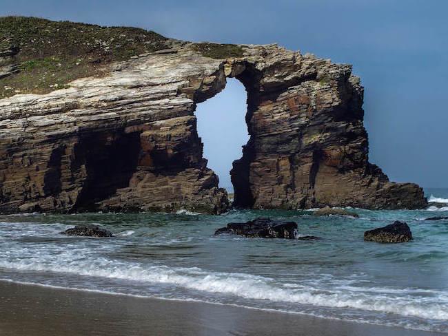 Strand van de Kathedralen in Galicië (Noord Spanje)