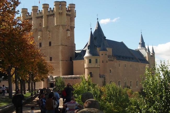 Alcazar in werelderfgoedstad Segovia in Midden-Spanje