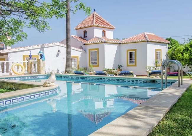 Andalusische villa op 3km van het Borriana strand in Nerja (Costa del Sol, Zuid Spanje)