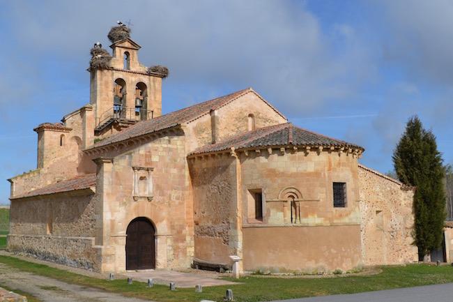 Romaanse kerk in Castillejo de Mesleon (provincie Segovia, Castillië en Leon)