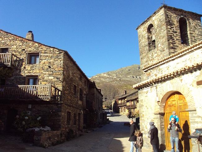 Valverde de los Aroyos - een van de zwarte dorpen van Guadalajara (Castillië La Mancha, Midden Spanje)