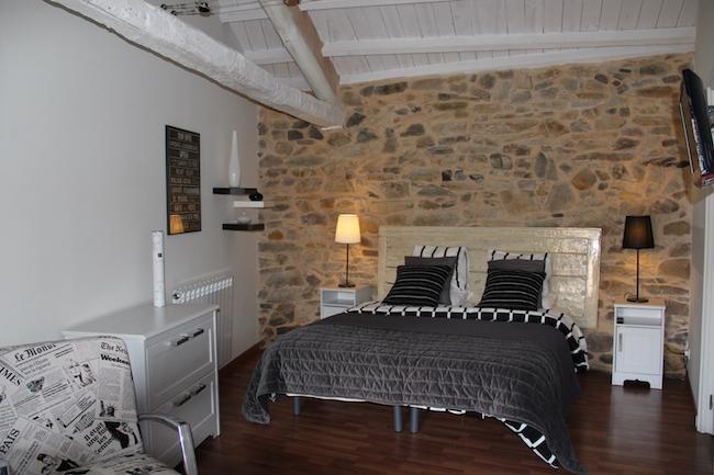 Een van de slaapkamers van B&B a-ti in Castillië en Leon