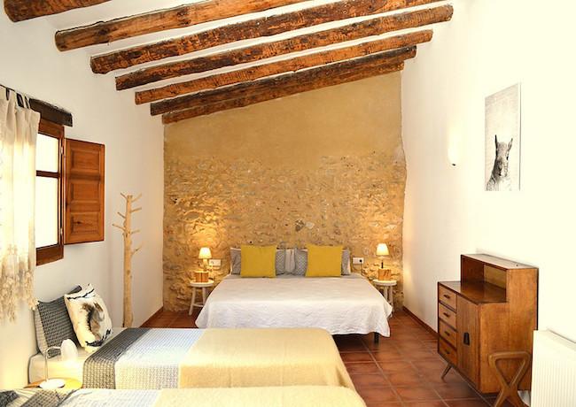 4-persoonskamer c.q. familiekamer in B&B Benali in de Sierra de Enguera