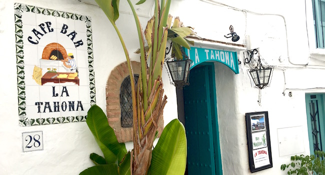 Café restaurant la Tahona boven in het witte bergdorp Frigiliana