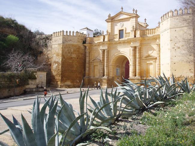 Het plaatsje Carmona in de provincie Sevilla (Andalusië, Spanje)