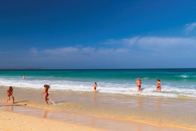 Het kindvriendelijke Corralejo strand op Fuerteventura