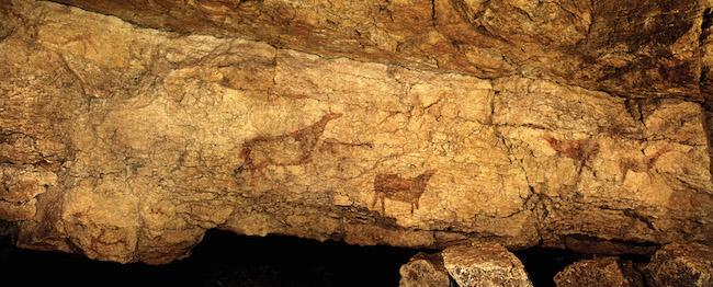 Prehistorische grottekeningen in Cueva El Pendo in Cantabrië
