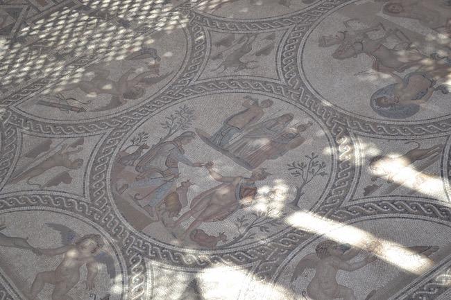 Detail van mozaïek in Iberisch-Romeinse stad Cástulo in de provincie Jaén