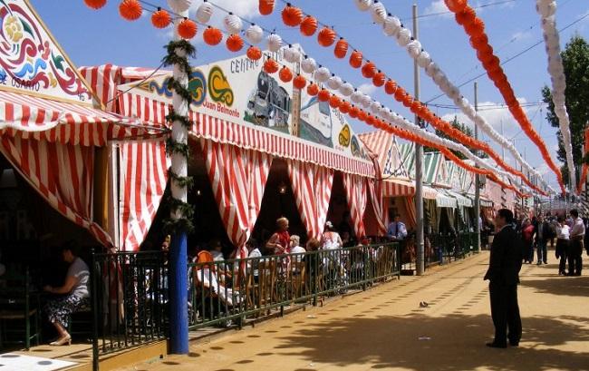 Het feestterrein van de Feria de Abril in Sevilla (Zuid Spanje)