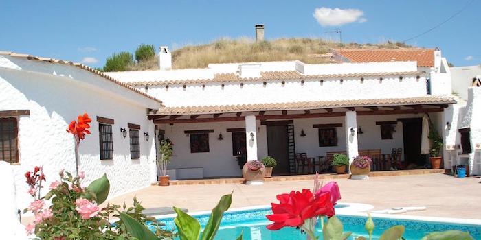 Een van de vele sfeervolle en mooi gelegen vakantiehuizen in Zuid Spanje