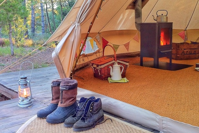 Houtkachel tent Forest Days Glamping