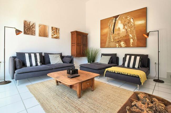 Moderne inrichting van vakantiehuis Villa Aurora in het Axarquía gebied in het binnenland van Málaga (Andalusië)