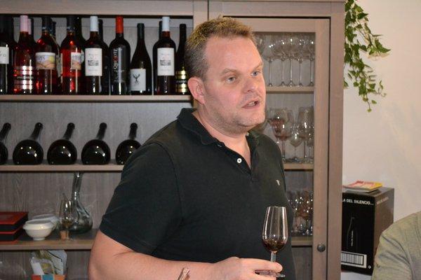 Brabander Jean Pierre verzorgt uitstekende Nederlandstalige wijnproeverijen in Madrid
