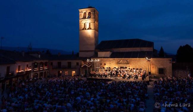 Kaarslicht concerten in de Middeleeuwse plaats Pedraza (provincie Segovia; foto: Chema Lara)