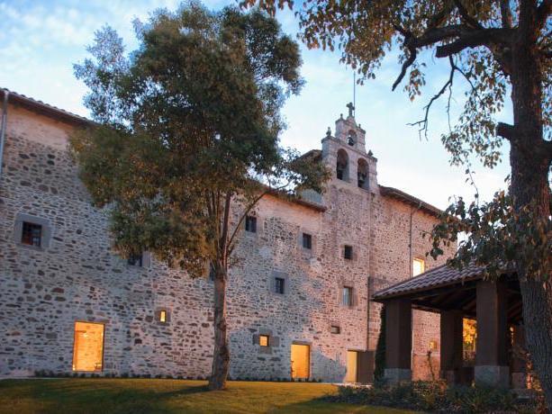 Rustiek kloosterhotel in de omgeving van Bilbao (Baskenland)