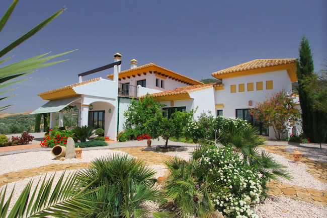 Luxe vakantiehuis Villa los Chaparros in achterland Costa del Sol