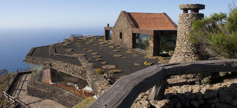 Mirador de la Peña op het Canarische eiland El Hierro - ontworpen door Spanje's kunstenaar Cesar Manrique