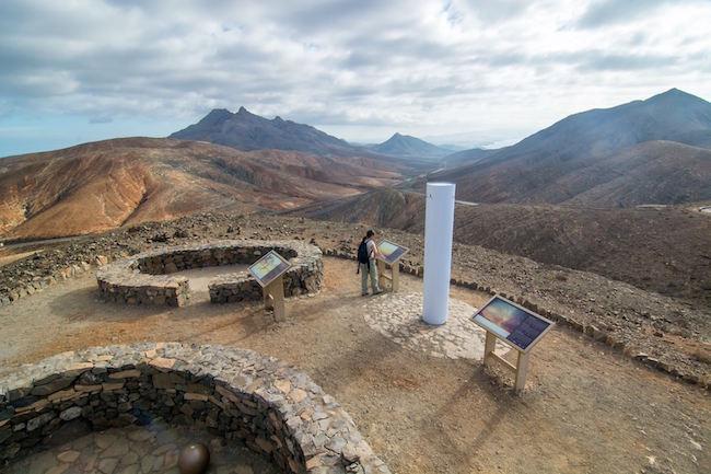 Het binnenland van Fuerteventura gezien vanaf Mirador de Sicasumbre