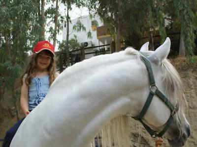 Paardrijles op de manege van Nicole in de provincie Málaga