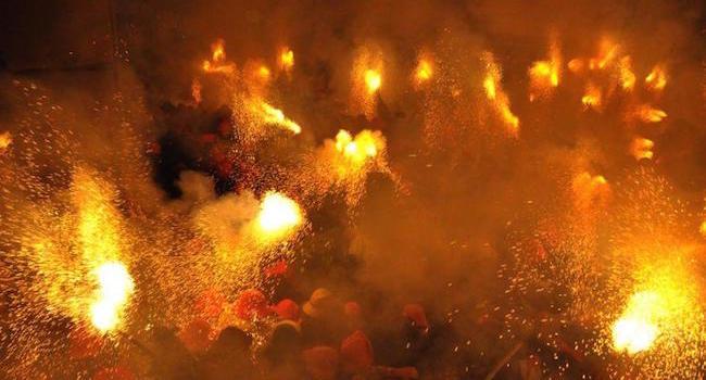 Els Plens tijdens de Patum van Berga: vuur en lawaai van de hel
