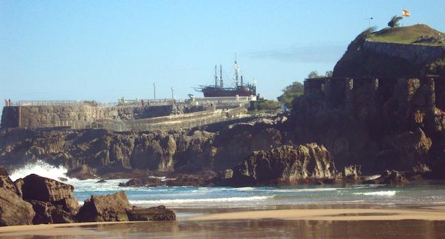 De drie schepen van Columbus in de Noord Spaanse kustplaats Santander (Foto: Ria Poulsen)
