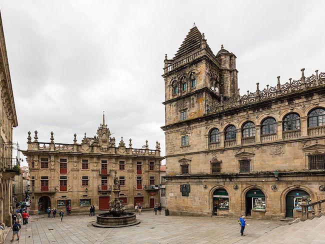 De Plaza de las Platerías in Santiago de Compostela (Noord Spanje)