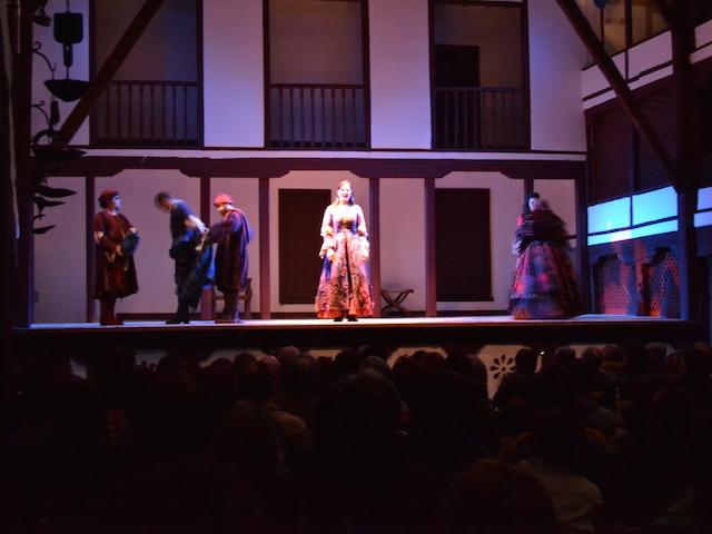 Theatervoorstelling in Spanje's oudste theater: de Corral de Comedias in Almagro