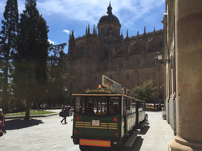 Het toeristentreintje van Salamanca (Midden Spanje)