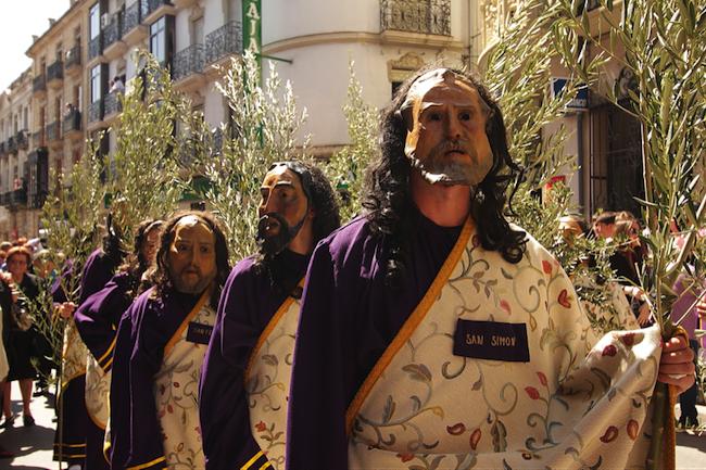 Pergoneros tijdens de paasprocessies van Alcala la Real in het Caminos de Pasion gebied (Zuid Spanje)