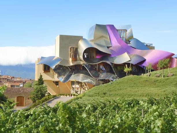 Design wijnhotel Marques de Riscal in de Rioja Alavesa wijnstreek (Baskenland)