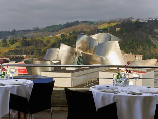 Design hotel tegenover Güggenheim museum in Bilbao (Baskenland)