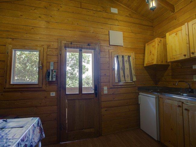 Eenvoudige interieur van vakantiehuisje Las Grullas