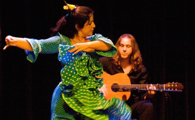 Een optreden van Nederlandstalige Flamenco danseres Maria la Serrana