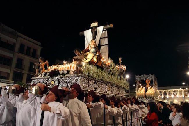 Een processie tijdens de Goede Week in Lucena (Caminos de Pasion gebied, binnenland Andalusië)