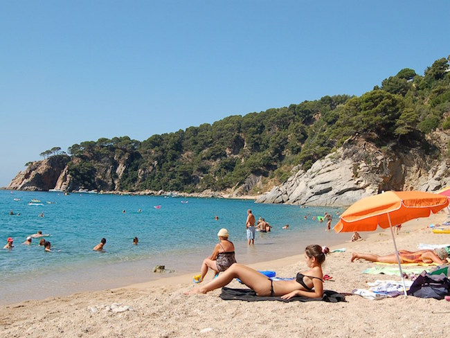 camping aan kleine baai in Costa Brava