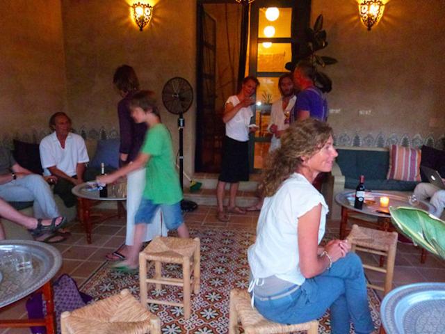 Chillen op de veranda bij de School van Juseu Vakantie & Retreat