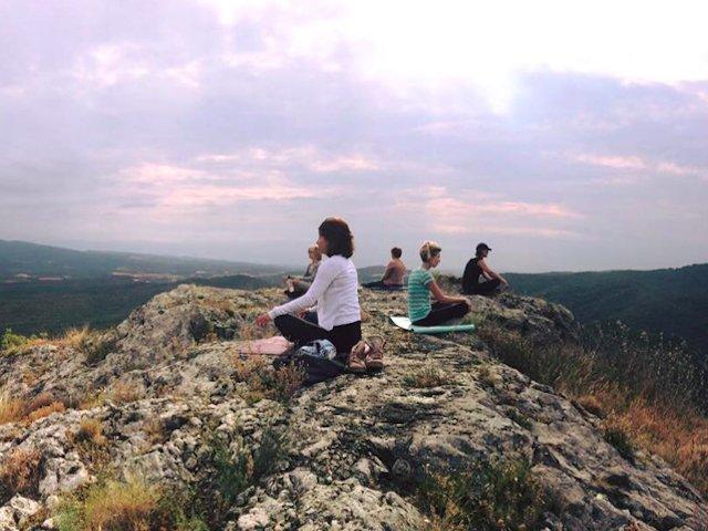 Een ontspannende yogavakantie aan de voet van de Spaanse Pyreneeën