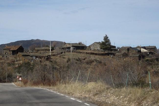 El Espinar - een van de zwarte dorpen van Guadalajara (Castillië - La Mancha, Midden Spanje)
