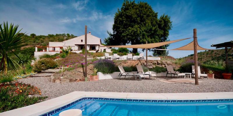 Finca las Nuevas - landelijke vakantiehuizen met gedeeld zwembad in binnenland Andalusië